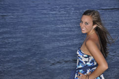 wyrzucać na brzeg nastoletniej zbliżenie dziewczyny Obraz Royalty Free