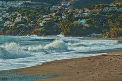 Wyrzucać na brzeg w ranku podkowa Andalusia Spain obraz royalty free
