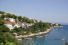 Wyrzucać na brzeg w Chorwacja Trogir Zdjęcia Stock