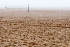 Wyrzucać na brzeg w mgle Zdjęcia Stock