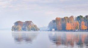 wysepki jezioro Zdjęcia Stock