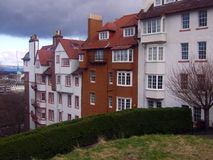 Wysocy domy na zboczu Zdjęcia Stock