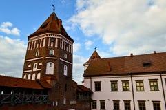 Wysocy steeples i górują dach stary, antyczny średniowieczny baroku kasztel, renaissance, gotyk w centrum Europa zdjęcia royalty free