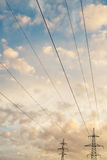 Wysoka woltaż linia na wschodzie słońca Obrazy Stock