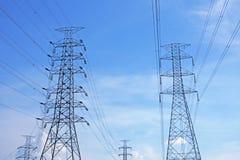 Wysoka woltaż władza pylons2 Obrazy Stock