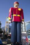 Wysoki blaszany żołnierz w świacie Fotografia Stock