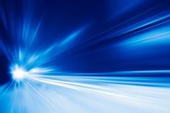 Wysoki prędkość biznes i technologii pojęcie, przyśpieszenie pośpiesznego samochodu przejażdżki ruchu super szybka plama Obraz Stock