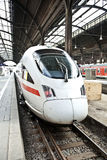 wysoki prędkości staci pociąg Fotografia Stock
