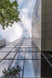 Wysoki szklany budynek biurowy Zdjęcia Royalty Free
