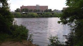 Wysoki tidebut nie wysoki Raritan rzeka Rzeczni Dorms NJ, usa Ð ' zdjęcie stock