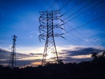 Wysoki woltaż elektryczności wierza Fotografia Royalty Free