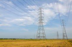 Wysoki woltażu wierza, elektrownia dla robić elektryczności Zdjęcia Stock