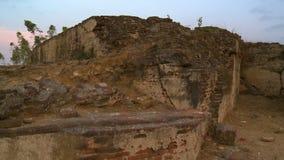 Wysoki wzgórze robić z kamienia zbiory