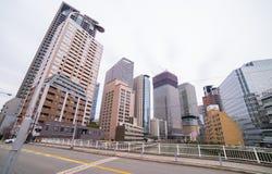 Wysoki wzrosta budynek biurowy w Osaka dzielnicie biznesu Fotografia Stock