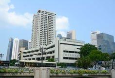 Wysoki wzrosta budynek w centrum Singapur Obrazy Stock