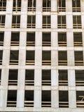Wysoki wzrosta budynek w surowym stanie zdjęcia royalty free