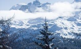 wysokie góry snow pod zima Zdjęcie Royalty Free
