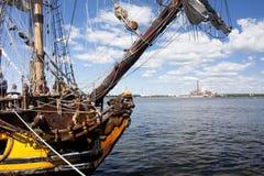 WYSOKIE statek rasy KOTKA 2017 Kotka, Finlandia 16 07 2017 Wysyła Shtandart w porcie Kotka, Finlandia Fotografia Stock