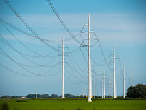 Wysokie woltaż linie energetyczne Fotografia Stock