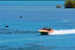 Wysokiego prędkość strumienia łódkowata przejażdżka - Queenstown NZ Obraz Stock