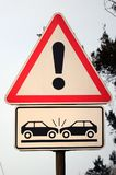 Wysokiego ryzyka karambol Drogowy znak z okrzyka punktem fotografia royalty free