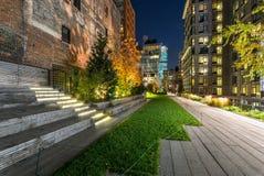 Wysokiej linii deptak w wieczór, Chelsea, Manhattan, Nowy Jork Cit Zdjęcie Stock