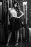 Wysokiej mody portret młoda kobieta Czarny i biały wizerunek Zdjęcia Stock