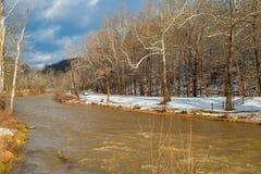 Wysokiej wody zatoczka w zimie obrazy stock
