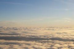 Wysokość nad chmury pokojowa scena Fotografia Stock