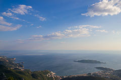 Wyspa i morze Fotografia Stock