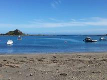 Wyspa oceanu Podpalana plaża Obrazy Stock