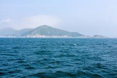 Wyspa w oceanie Obraz Royalty Free