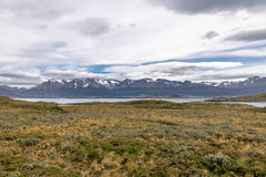 Wyspy i gór widok w Beagle kanale - Ushuaia, Tierra Del Fuego, Argentyna Fotografia Stock