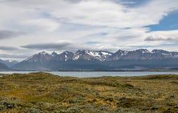 Wyspy i gór widok w Beagle kanale - Ushuaia, Tierra Del Fuego, Argentyna Obrazy Stock
