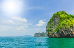 Wyspy, piękna lato podróż oceanu morza plaży seascape Tajlandia Andaman wyspy zdjęcie royalty free