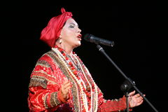 Występ na scenie krajowy śpiewak ludowy rosyjski piosenki nadezhda babkina i theatre rosjanina piosenka Obraz Royalty Free