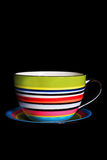 występować samodzielnie podpierająca kubek herbaty Zdjęcie Stock