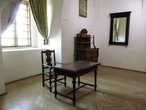 Wystawa antykwarski meble w Palanok kasztelu muzeum obrazy royalty free
