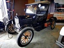 Wystawa retro samochody Samochodowy «Ford Wzorcowy T «, 1908, pojemność 20 HP, usa Znał jak «Blaszany Lizzie «pierwszy samochód w zdjęcia royalty free