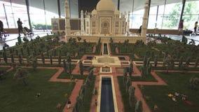 Wystawa Ups Taj Mahal robić Lego kawałki w Miniland Legoland przy Dubaj Parkuje i kurorty zaopatrują materiału filmowego wideo zbiory