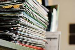 wystawiać rachunek papier na stole Fotografia Stock
