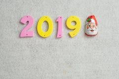 2019 wystawiający z czekoladą w Santa klauzula opakowaniu Obrazy Stock