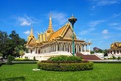Wystawny Royal Palace kompleks w Phnom Penh, Kambodża fotografia stock