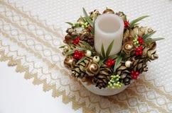 Wystrój dla stołu driftwood i rożki Handmade wystrój z DOWODZONĄ świeczką Obrazy Royalty Free