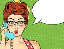 Wystrzał sztuki kobiety gawędzenie na retro telefonie Komiczna kobieta z mową Obrazy Royalty Free