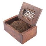 Wysuszeni Herbaciani liście W Drewnianym pudełku II Obrazy Royalty Free