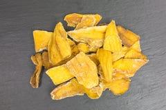 Wysuszeni mango kawałki zdjęcie stock