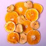 Wysuszona pomarańcze i Apple plasterki Obraz Royalty Free