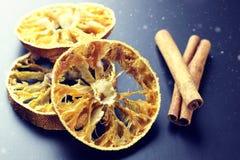 Wysuszona pomarańcze i cynamon Zdjęcie Royalty Free