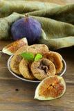 Wysuszone figi i świeża owoc Zdjęcie Stock